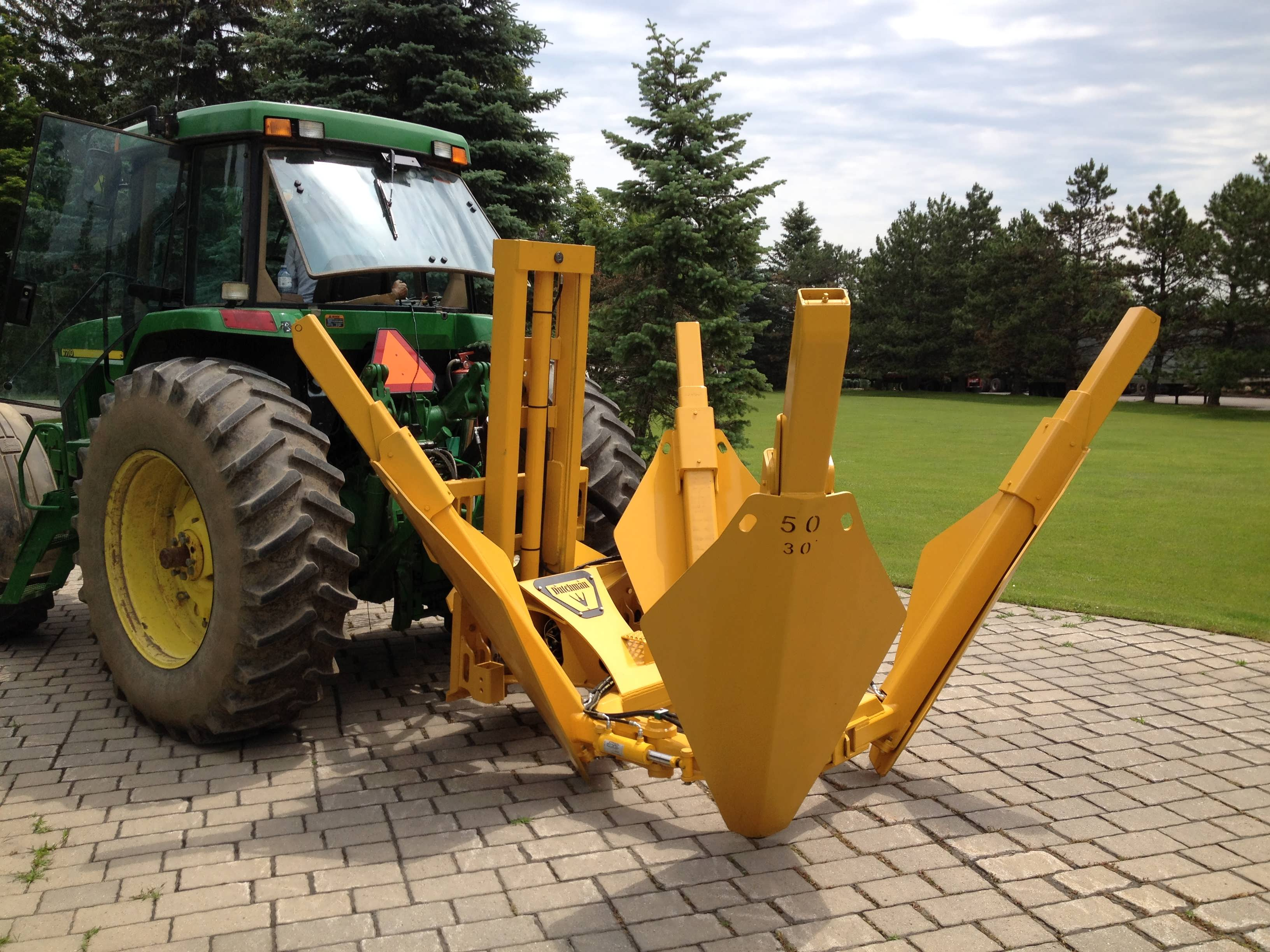 3-point Hitch Tree Spade - Dutchman Industries Inc